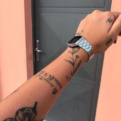 Hand Tattoos, Dainty Tattoos, Dope Tattoos, Pretty Tattoos, Finger Tattoos, Small Tattoos, Sleeve Tattoos, Tatoos, Discreet Tattoos