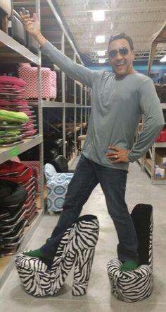 LOL I finally found my animal prints shoes :)  JAJAJA Ya encontré finalmente mis zapatos con estampados de animal :)