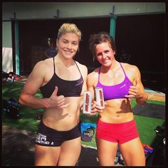Girls Who Do Crossfit: Lindsey and Stacie
