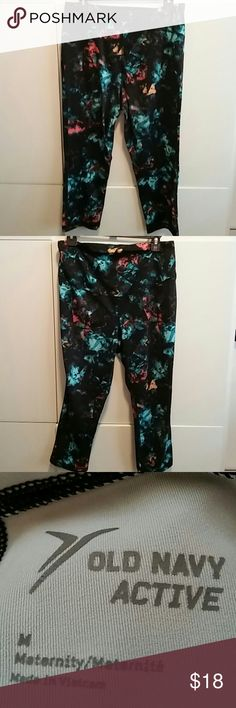 Old Navy Active Maternity pants Very nice black multicolor maternity pants Old Navy Active Pants