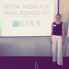 Big thanks to all the amazing attendees at today's Social Media For Small Business 101. 📚 A great turnout and a great group of people! I'm passionate about sharing my knowledge with small business owners 💡 Check out our upcoming courses on our site! ^Darnelle 🔎 #SMSB101 #socialmedia #marketingtips #guru #learning Story Of The World, Digital Marketing, Knowledge, Social Media, Group, Learning, Big, Business, Amazing