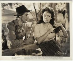 "Joan Leslie and Gary Cooper in ""Sergeant York"", 1941 Old Hollywood Movies, Golden Age Of Hollywood, Hollywood Stars, Classic Hollywood, Hollywood Actresses, Gary Cooper, Marlene Dietrich, John Wayne, Cary Grant"