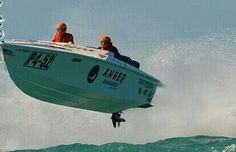 . Fast Boats, Speed Boats, Power Boats, Speed Fun, Float Your Boat, Vintage Boats, Odd Stuff, Boy Toys, Super Yachts