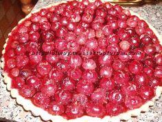 Da qualche giorno già ho trovato dal mio fruttivendolo di fiducia delle ottime ciliegie a prezzo abbordabile e allora perchè non provare a preparare anche