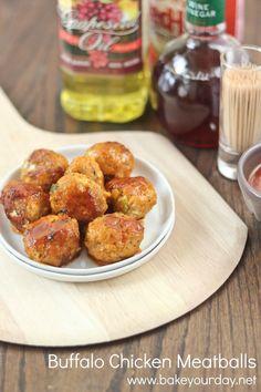 Buffalo Chicken Meatballs | bakeyourday.net