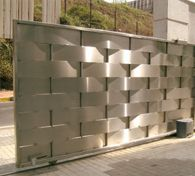 <b>Automatic Sliding Gate</b> - Fabrication