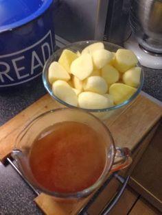 Vicki-Kitchen: syn free tasty  roast potatoes (slimming world fri...