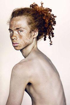 L'extraordinaire Beauté des Taches de Rousseur par Brock Elbank (34)