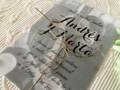 Invitación económica de boda: ¡foto y papel vegetal!