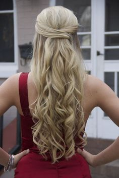 Half Up Half Down Curly Prom Hairstyles for Long Hair | Curly Hairstyles For Prom Night Half Up Half Down Twist 2015