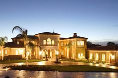 Have a fancy houses may be is the dream for some people. A big house or fancy house to live with family happy forever is the dream Huge Houses, Fancy Houses, Real Estate Slogans, Investment Property For Sale, Luxury Homes Exterior, Luxury Estate, Luxury Lifestyle, Expensive Houses, California
