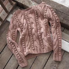 This is a knitted sweater, but I may be able to replicate it in Crochet! Crochet Cardigan Pattern, Sweater Knitting Patterns, Knitting Designs, Knit Patterns, Baby Knitting, Knit Crochet, Knitwear Fashion, Knit Fashion, Pulls