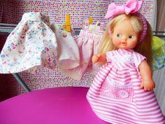 La biblioteca silvestre: La rebelión de las lavanderas Old Toys, Vintage Dolls, Memories, Summer Dresses, Baby, Times, Fashion, Dresses, White Clothing