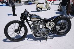 Bobby of the Day - Triumph Bobber. Gorgeous!