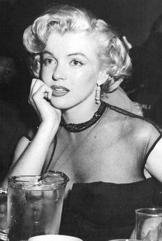 Marilyn a dit : la gravité vous rattrape toujours........