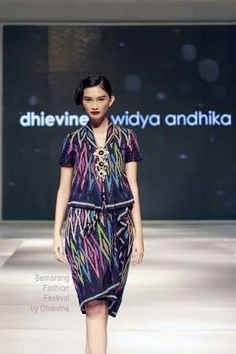 Batik by dhievine Batik Kebaya, Batik Dress, Fashion Brand, Womens Fashion, Fashion Design, Hijab Stile, Thai Dress, Traditional Fabric, Cut And Style