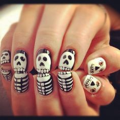 Halloween nail art http://instagr.am/p/QqbYDtAGVe/ pinned with Pinvolve
