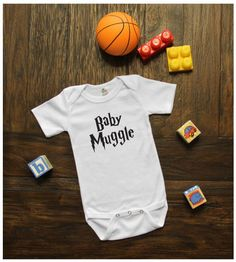 "Harry Potter ""Baby Muggle"" - Baby Shower Gift/Baby Onesie for boys"