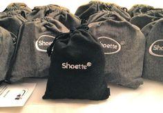 Shoette mini : la nouvelle pochette noire, plus fine et élégante, remplace l'ancienne pochette grise