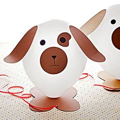 "See Spot Party Craft: Helium allows these balloon pooches to ""walk"" behind their owners."