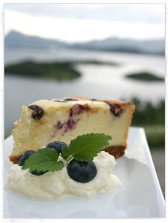 New York Blueberry Cheesecake - Blueberry Cheesecake, Cake Recipes, Cakes, Desserts, Food, Baked Blueberry Cheesecake, Tailgate Desserts, Deserts, Easy Cake Recipes