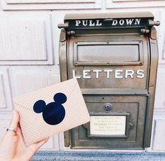 Send a letter at Disney! Disney Girls, Disney Love, Disney Magic, Disney Stuff, Walt Disney World, Disney Pixar, Disneyland Paris, Vintage Disneyland, Fotos Goals