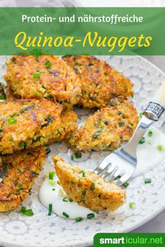 Protein-rich quinoa nuggets instead of chicken nuggets - Meal Prep -You can find Quinoa and more on our website.Protein-rich quinoa nuggets instead of chicken nuggets - Meal Prep - Chicken Nuggets, Chicken Nugget Recipes, Healthy Chicken Recipes, Veggie Recipes, Vegetarian Recipes, Chicken Meals, Roast Chicken, Veggie Dishes, Shrimp Recipes