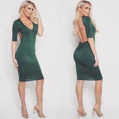 "The""Minerva Midi Dress"" in emerald looks beautiful on #wmlglamgirl @_laurenyork ✨"