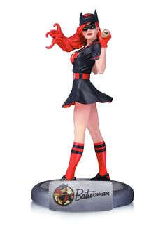 DC Collectibles revealed their upcoming DC Bombshells Batwoman Statue that's based on a comic book cover. If you're unfamiliar with them, the DC Comics Bombshells are a series of statues featuring Batwoman, Batgirl, Dc Comics Bombshells, Crime, Pin Up, Arte Dc Comics, Comic Book Heroes, Comic Books, Marvel Dc