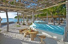 Need some time away in the sun? Head to the #Caribbean and visit one of these amazing beach bars! #Travel