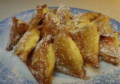 Τρίγωνα πανοράματος recipe main photo Greek Sweets, Recipe Boards, Greek Recipes, Cake Recipes, French Toast, Food And Drink, Cooking, Breakfast, Desserts