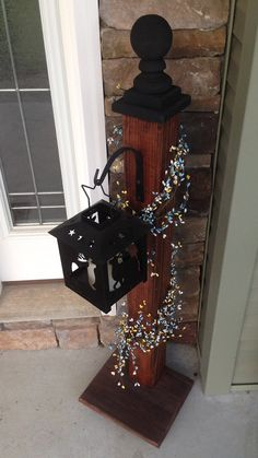 Custom latern post with hanger by BucksBarnWorks on Etsy You are in the right place about Diy Lamp P Christmas Lamp Post, Christmas Porch, Christmas Crafts, Diy Wood Projects, Wood Crafts, Spindle Crafts, Porch Posts, Lantern Post, Primitive Crafts