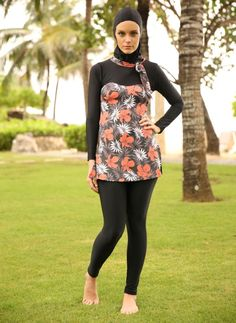 Three piece bathing suits ladies modest swimsuit women swimwear suit rash guard one with underwire bra Modest Swimsuits, Modest Dresses, Women Swimsuits, Islamic Swimwear, Muslim Swimwear, Hijab Collection, Nautical Outfits, Womens Wetsuit, Muslim Women