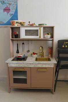 - Ikea DIY - The best IKEA hacks all in one place Ikea Play Kitchen, Ikea Hack Kitchen, Toy Kitchen, Kitchen Ideas, Play Kitchen Accessories, Ikea Furniture Hacks, Ikea Kids, Best Ikea, Play Houses