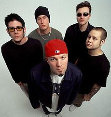 Still love the classics 'Nookie' & 'Break Stuff' by Limp Bizkit among their other hits. Music Love, Good Music, My Music, Sam Rivers, Art Disco, Rock Band Posters, Rob Bourdon, Limp Bizkit, Nu Metal