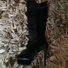 Bebe new boots never worn blk leather shade bk Blk leather front shade back zipper on side heel is 41/2 platform 1 1/2  very comfy bebe Shoes Heeled Boots