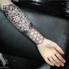 Dotwork Tattoo on arm - Samantha Berg - - Frauen arm tattoo - Tattoos Mandalas, Dotwork Tattoo Mandala, Mandala Tattoo Sleeve, Geometric Mandala Tattoo, Geometric Tattoo Design, Mandala Tattoo Design, Tattoo Designs, Geometry Tattoo, Designs Mehndi