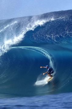 Some Epic Surfing Photography, Photos taken while riding waves, Surf Photos  are wonderful for cb15db498b