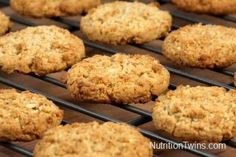 Skinny, Speedy Walnut Oatmeal Cookies - 1 cup rolled oats, 2 very ripe bananas, 1/2 cup crushed walnuts. Mix all ingredients and bake for 10 minutes at 375. About 55 calories per cookie. Good for on the go breakfast or quick snack.