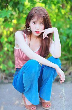 iu, kpop, and lee jieun image Iu Fashion, Korean Fashion, Korean Beauty, Asian Beauty, Korean Celebrities, Celebs, Korean Girl, Asian Girl, Poses