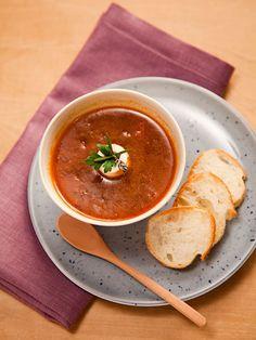 Recipe : しょうゆ麹のオニオンスープ フレンチ仕立て/定番のオニオンスープが、しょうゆ麹を使うことで和にも洋のテイストでもいける、風味豊かな味わいに! #Recipe #レシピ