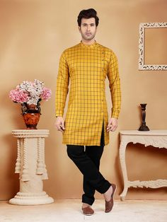 Mens Kurta Pajama: Buy Indian Kurta Suit Online for Wedding & Festival wear Latest African Wear For Men, African Shirts For Men, African Dresses Men, African Clothing For Men, Pakistani Mens Kurta, Kurta Men, Traditional Indian Mens Clothing, Mens Traditional Wear, Wedding Kurta For Men
