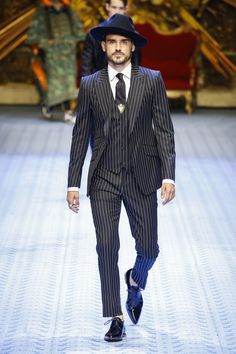 Dolce & Gabbana Spring 2019 Menswear Milan Collection - Vogue