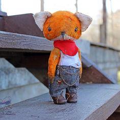 Купить или заказать Апельсин в интернет-магазине на Ярмарке Мастеров. Очаровательный лис Апельсин Папин бродяга, мамин симпотЯга Сшит из антикварного плюша, набит опилом, вся одежда не съемная Готов к…