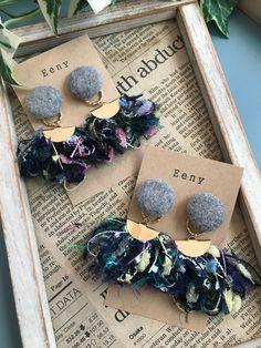 Denim Earrings, Fabric Earrings, Fabric Jewelry, Earrings Handmade, Handmade Jewelry, Recycled Jewelry, Jewelry Making Tutorials, Handmade Accessories, Fabric Flowers