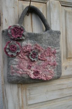 Jolana Gaoal Hlavová Straw Bag, Origami, Burlap, Reusable Tote Bags, Felt, Felting, Hessian Fabric, Origami Paper, Origami Art