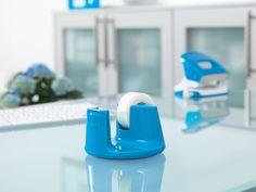 tesafilm® Tischabroller Compact - Farbige Sonderedition  http://www.tesa.de/consumer/klebebaender/tesafilm_und_easycut_abroller/tesafilm_tischabroller_compact__farbige_sonderedition,c.html