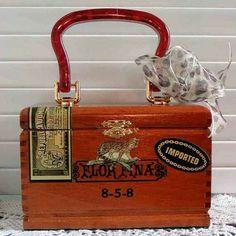 Wild Animal Altered Cigar Box Purse with giraffe print lining Cigar Box Art, Vintage Cigar Box, Cigar Box Purse, Cigar Box Guitar, Cigar Box Projects, Cigar Box Crafts, Altered Cigar Boxes, Handmade Purses, Pretty Box
