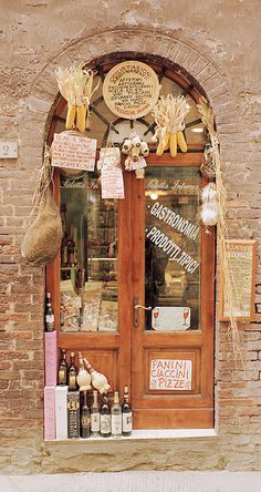 Food store in Siena (Tuscany), Italy
