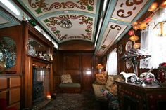 An original 1920 showman's wagon in Shropshire, England, United Kingdom :: Interior - Parlor, pic 2 of 3